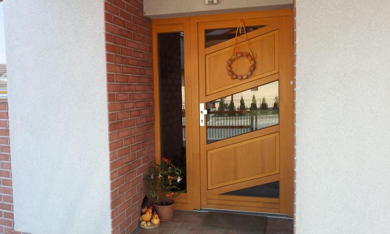 Montáž dřevěné dveře Zlín