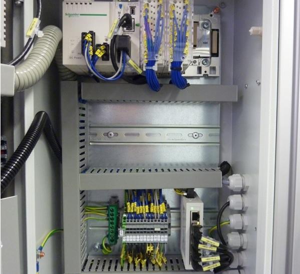 Elektroinstalační materiál od tuzemských i zahraničních výrobců.