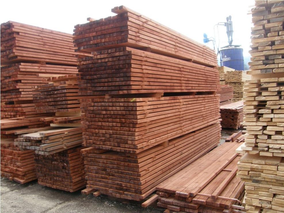 Nabízíme stavební řezivo i kvalitní truhlářské řezivo všeho druhu.