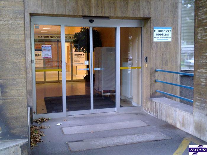 Výroba automatických dveří
