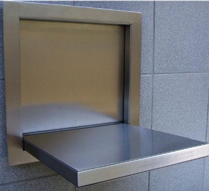 Sklopné sedátka do kabín výťahov