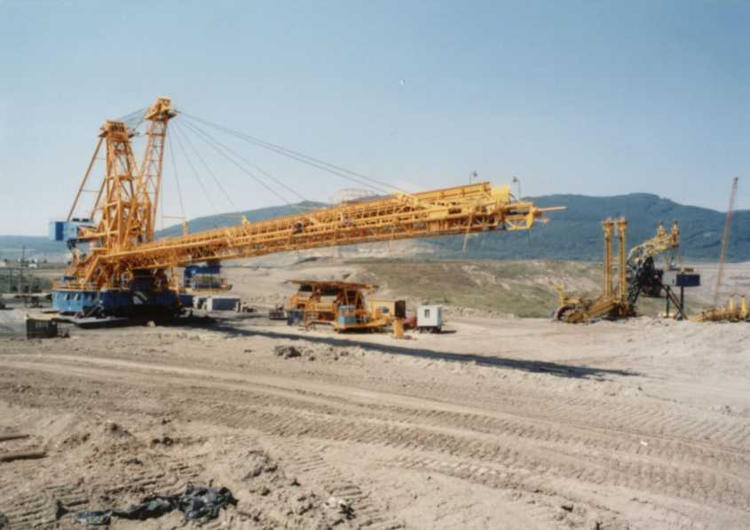 Výroba a opravy hydraulických systémů Bílina