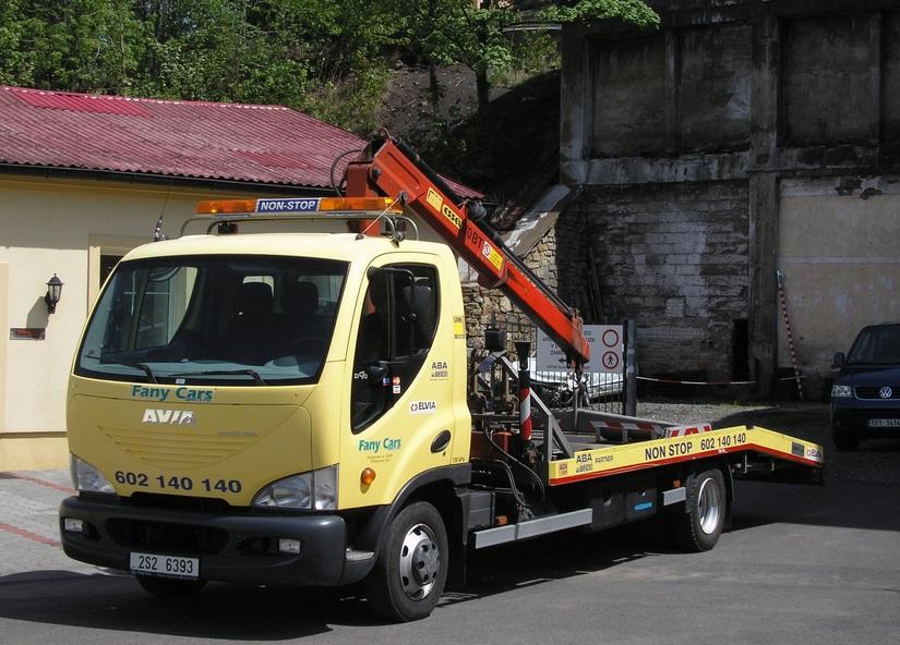 FANY Cars nabízí odtahovou službu 24 hodin denně