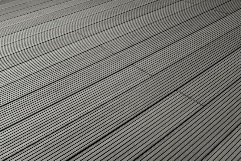 Velkoobchod BOMA PARKET - podlaha na terasu ihned k odběru.