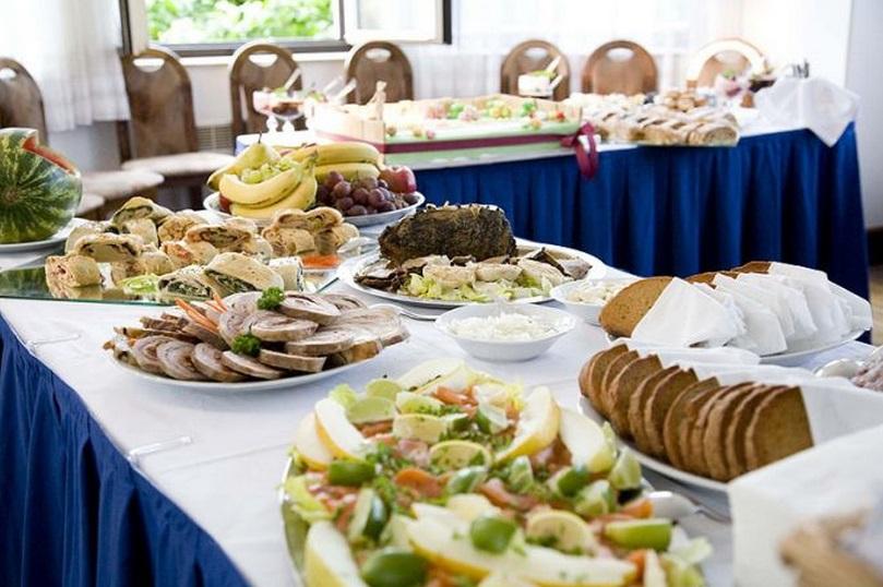 Zajistíme pohoštění pro firemní akce i rodinné oslavy