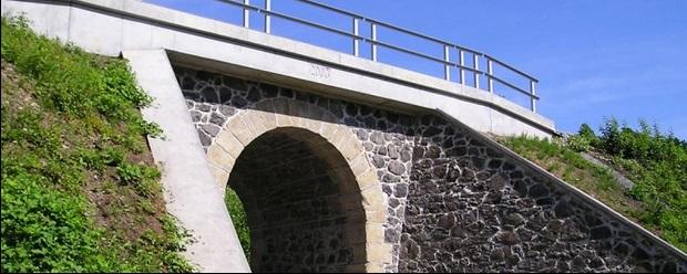 stavby mostů Hradec Králové
