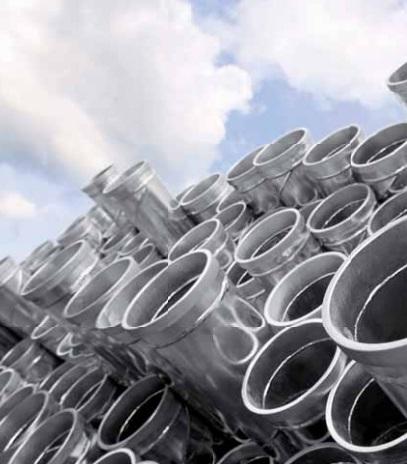 Ocelové potrubní systémy jsou lehké a velmi odolné.