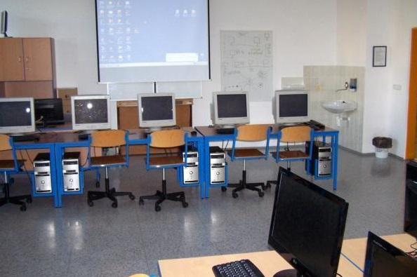 počítačová učebna SOŠ a SOU, Obchodní akademie Třeboň
