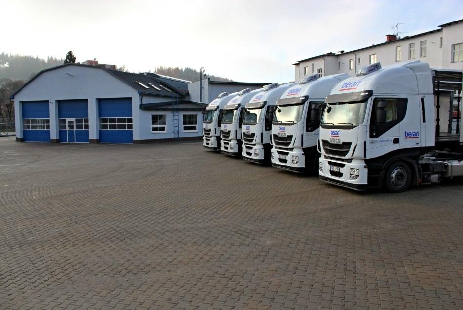 Profesionální nákladní autodoprava