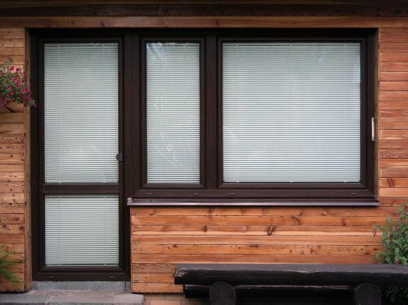 Plastové dveře z profilového systému Prestige - výroba, prodej
