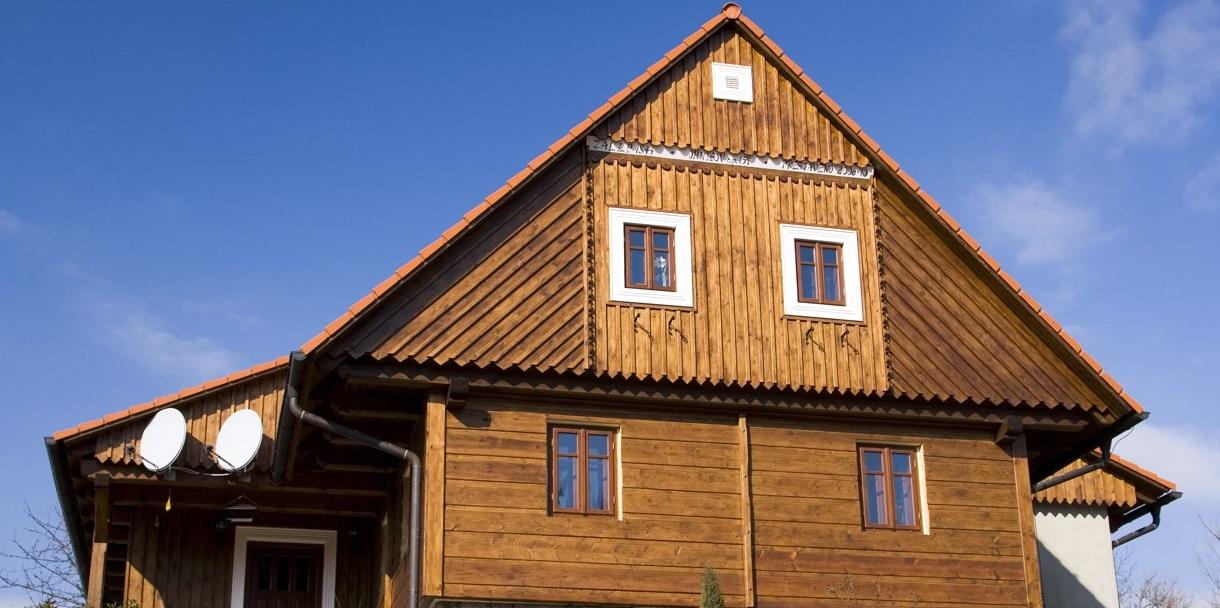 Postavíme vám klasickou roubenku i atypické dřevostavby.