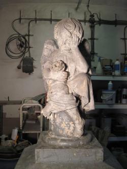 Restaurování kamene, soch, náhrobků, pomníků v okolí Náchoda