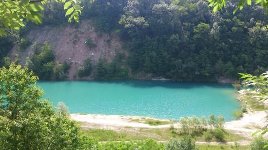 Kurovický lom-přírodní památka, naučná stezka