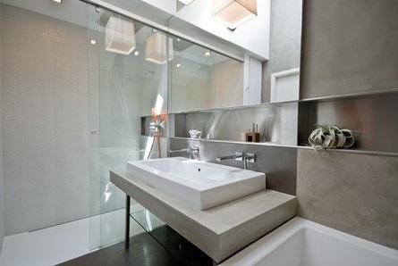 Sprchové kouty a vanové zástěny moderně a prakticky - Praha