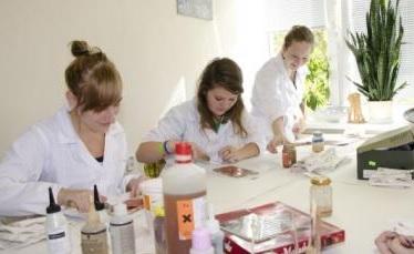 Obchodní akademie, SOŠ a SOU Třeboň – studijní obory pro kluky i holky