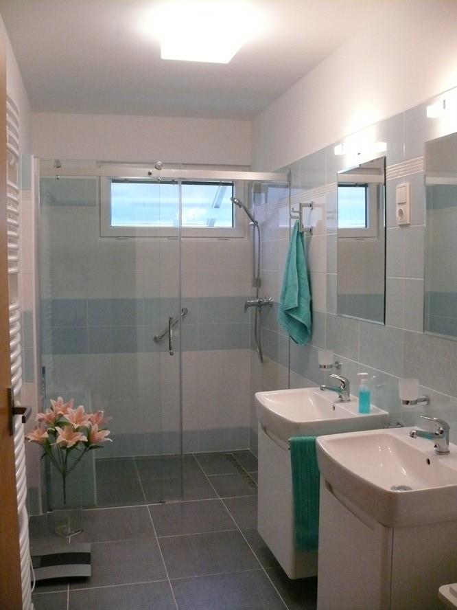 Rekonstrukce koupelen domů OKAL v programu Zelená úsporám Brno