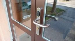 kvalitní bezpečnostní dveře