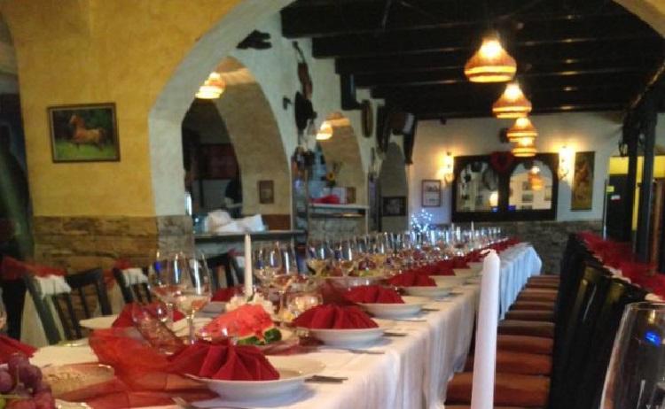 Svatební hostina, svatba v penzionu - catering a ubytování svatebčanů