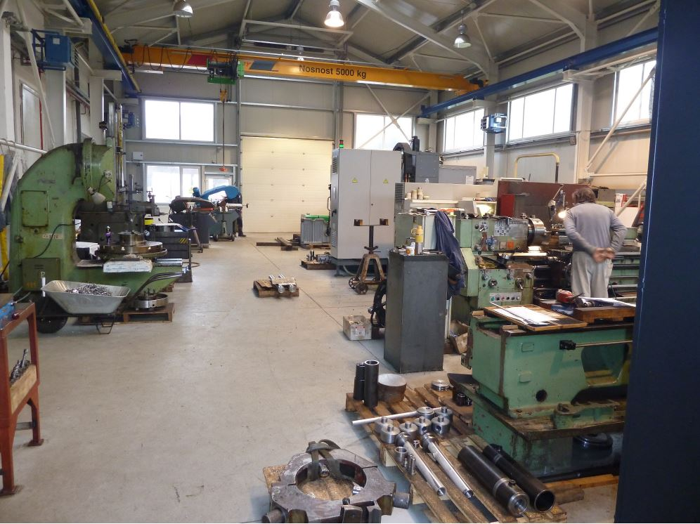 Hydraulic cylinders manufacturing Teplice, the Czech Republic