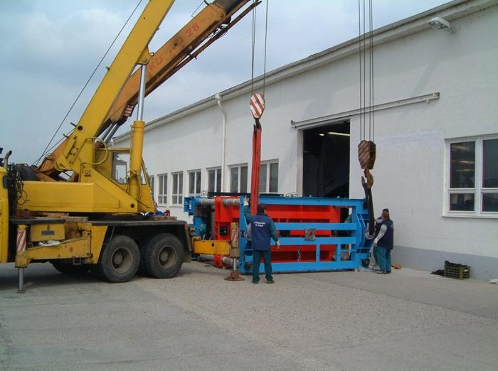 Nabízíme stěhování strojů, trezorů i kanceláří.