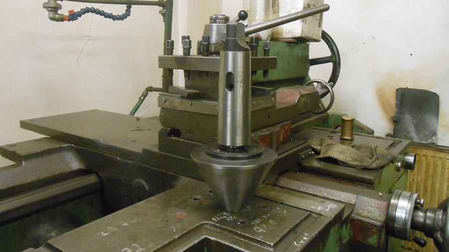 Výroba hydraulických válců, zvedáků Opava