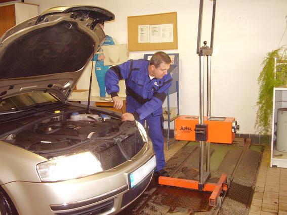 technická kontrola vozu