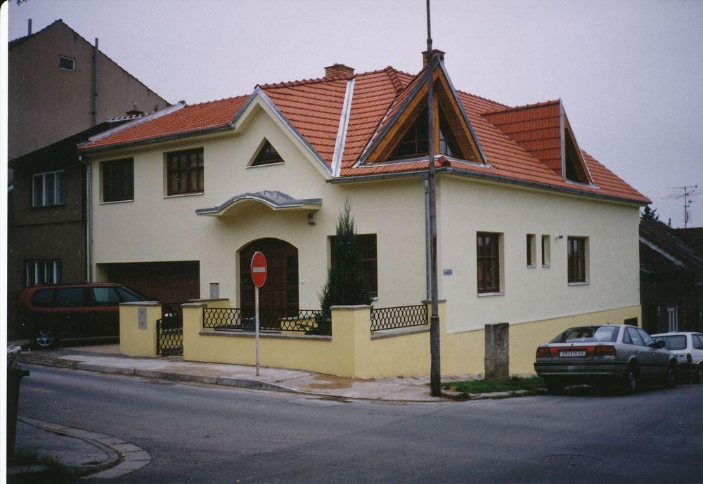 Rekonstrukce a opavy domů Třebíč