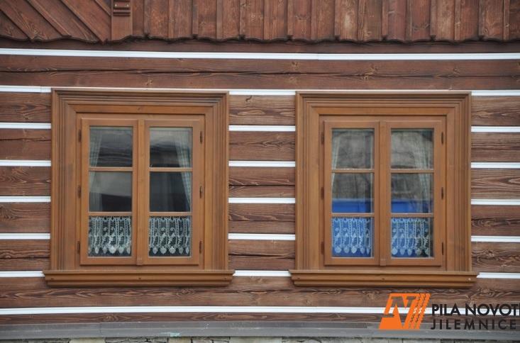 Tradiční špaletová okna dodají vaší chalupě toho správného ducha