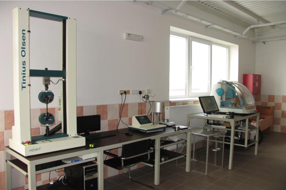 Laboratoř společnosti Luna Plast