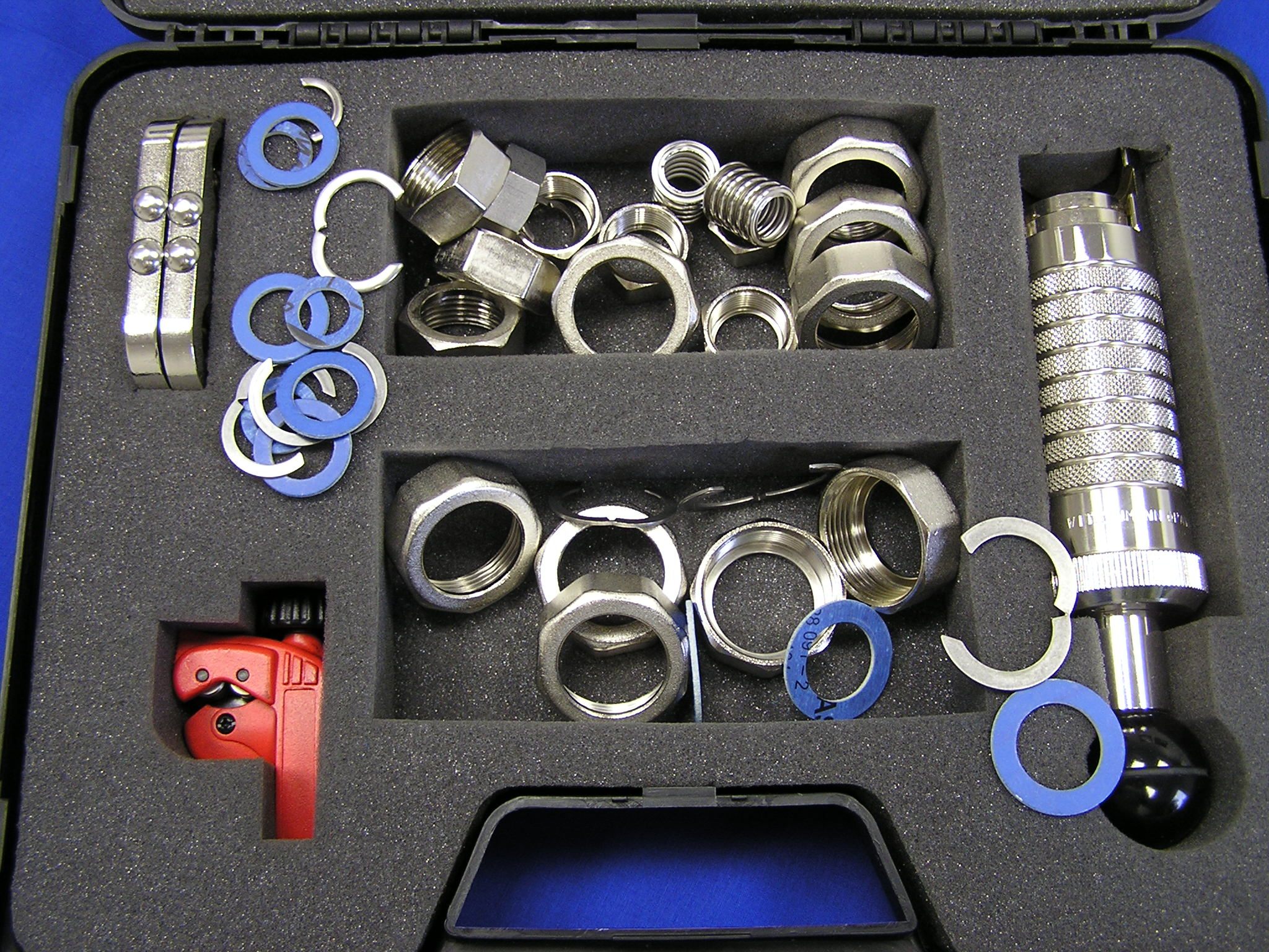 Montážní kufr pro výrobu hadic