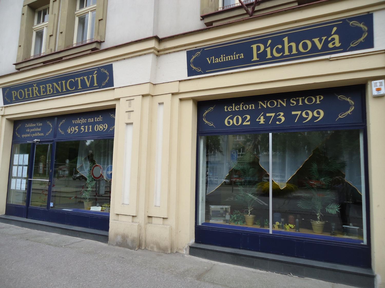 Pohřební služba Hradec Králové – Pohřebnictví Píchová