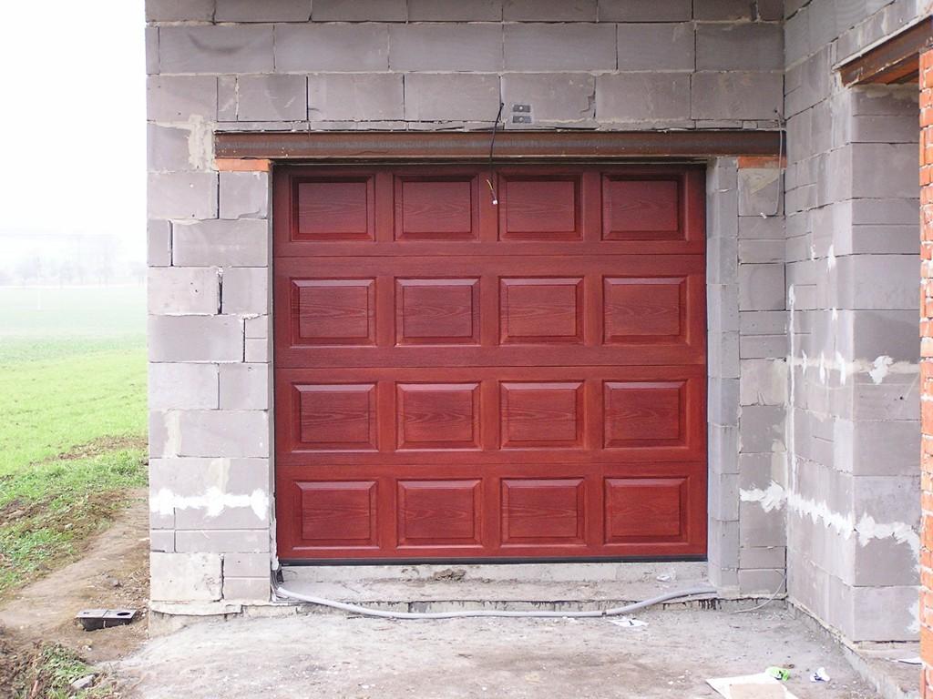 Prodej garážových vrat Zlín