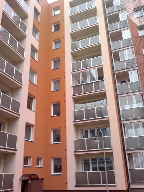 Balkonové zábradlí pro bytové domy Hustopeče