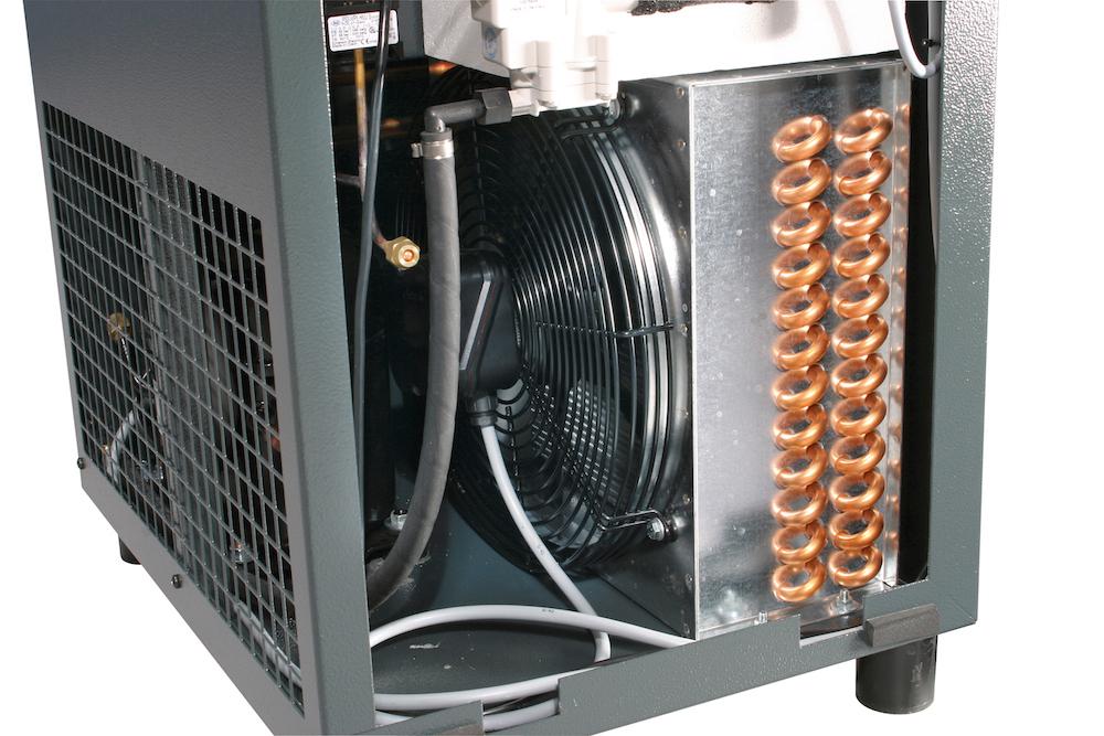 Kondenzátory, výparníky a další chladicí zařízení pro chladírenský průmysl