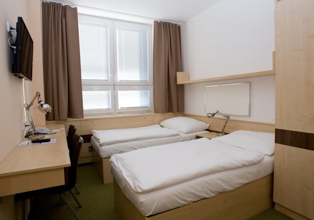 Preisgünstige Unterkunft am Flughafen Ruzyne, Hotel, Restaurant, Prag 6 die Tschechische Republik