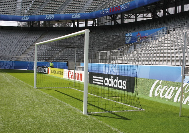 Bezpečné fotbalové branky pomohou přecházet úrazům