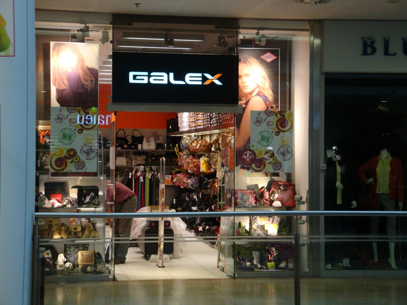 Svetelné reklamné tabule, boxy a panely Praha