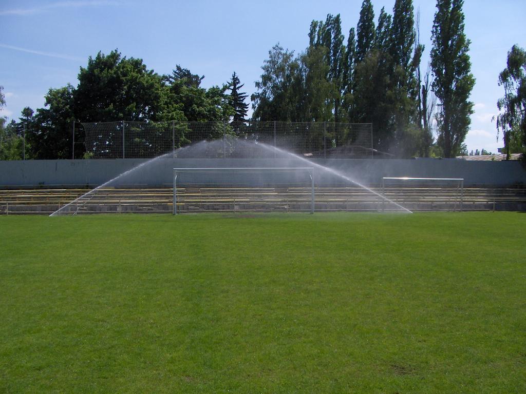 Zavlažovací systémy jsou ideální i pro fotbalová hřiště