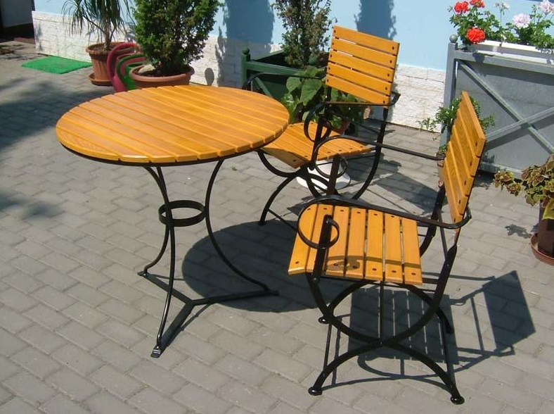 Kovový zahradní nábytek-výroba stoly, židle, lavice