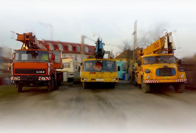 Jeřábové práce Uherské Hradiště - Autojeřáby Blaha