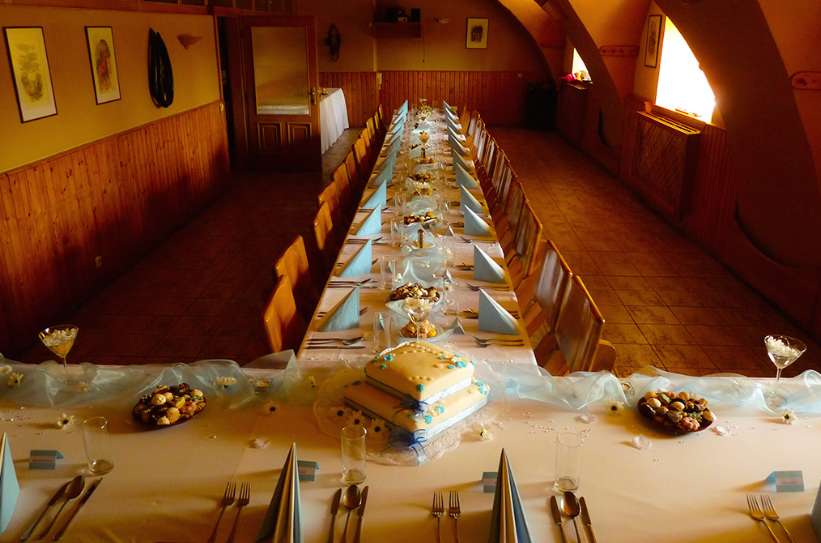 Svatební kočár učiní váš den nezapomenutelný | Bruntál