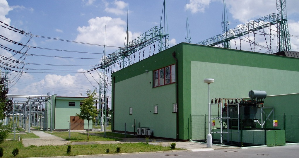 Průmyslové stavby a rodinné domy Louny - stavební činnost na klíč