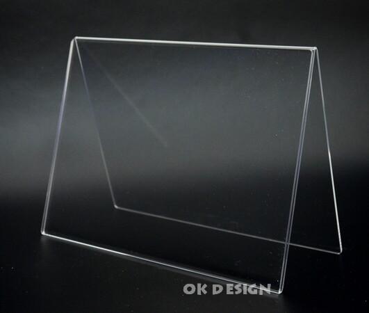 Výrobky z plastů, reklamní stojánky z plexiskla