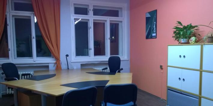 Využijte krátkodobý pronájem kanceláře