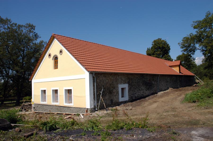 Střechy pro novostavby, rekonstrukce střech   Sedlčany