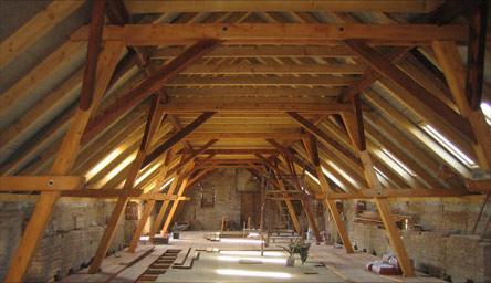 opravy střešní konstrukce