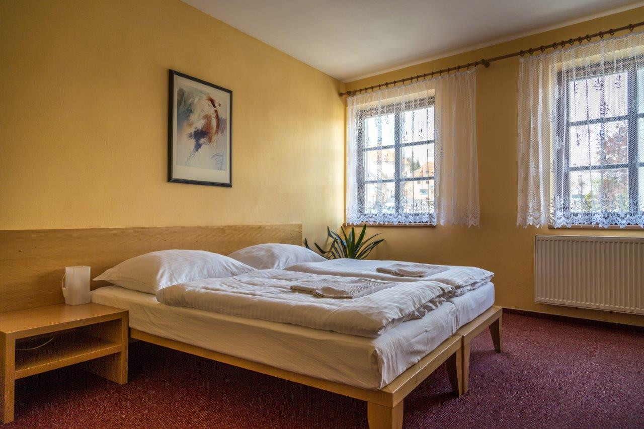 Unterkunft in der Nähe der Grenze zu Österreich, Hotel und Restaurant Dacice, die Tschechische Republik