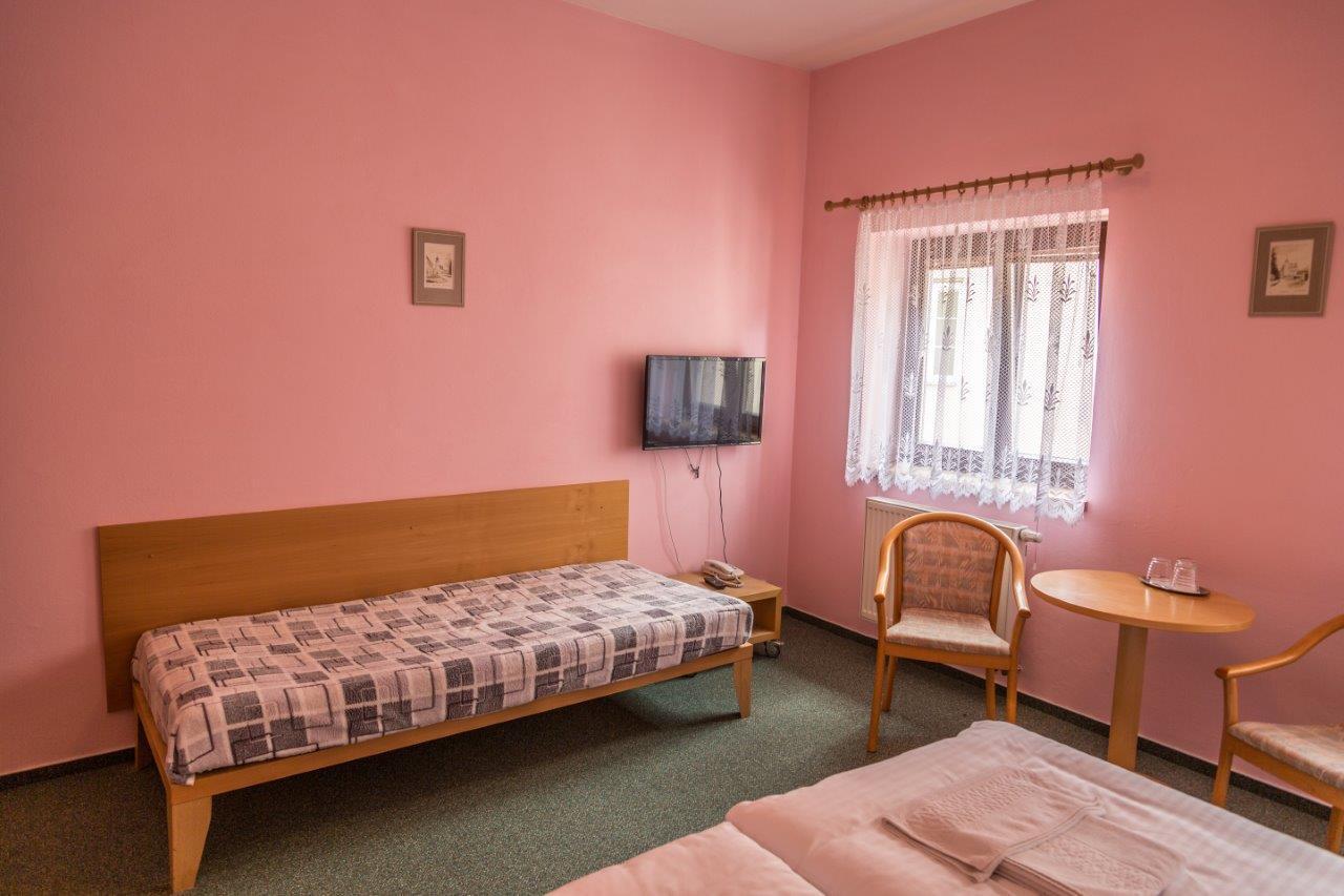 hotel, ubytování slavonice