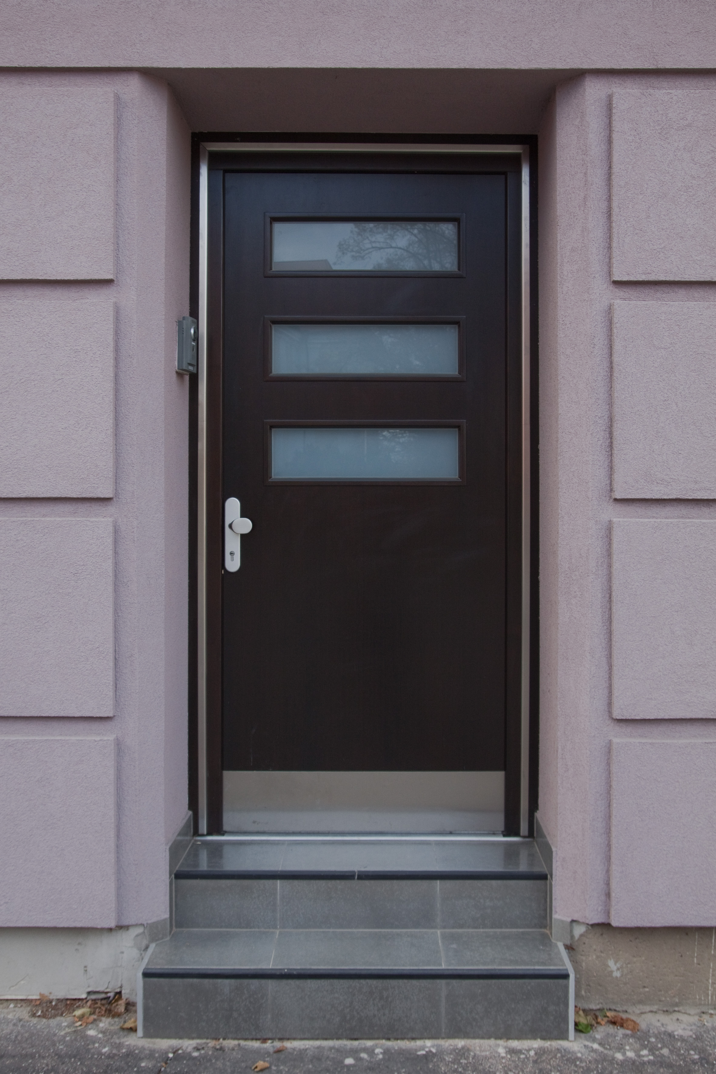 Specialista na vchodové a interiérové dveře, výroba dveří