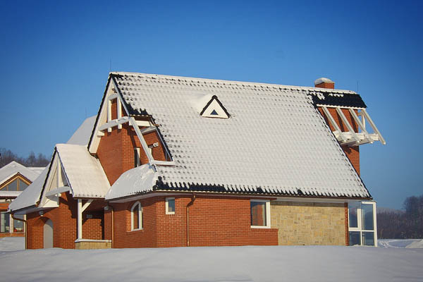 Rekonstrukce, realizace šikmých a plochých střech Rožnov, Valašské Meziříčí